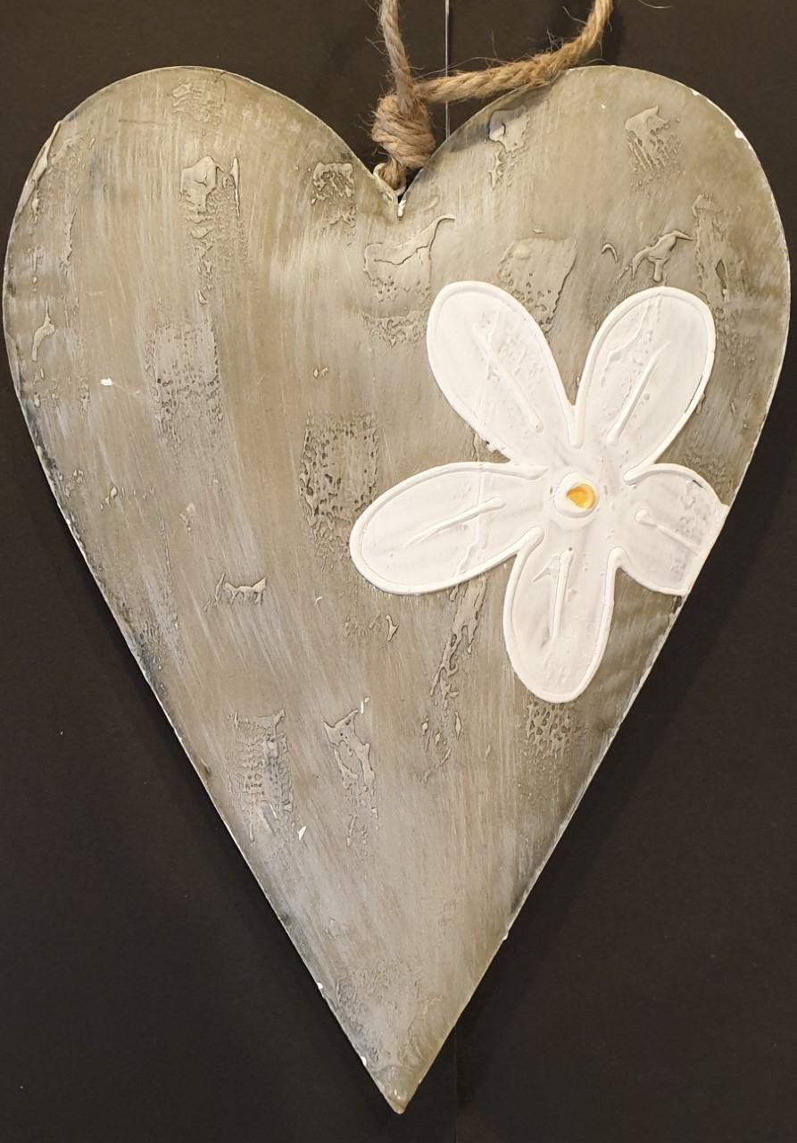 Lot de 16 coeur métal avec fleur