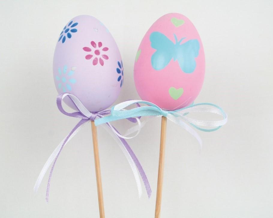 Lot de 20 œufs sur piques 2 modèles assortis