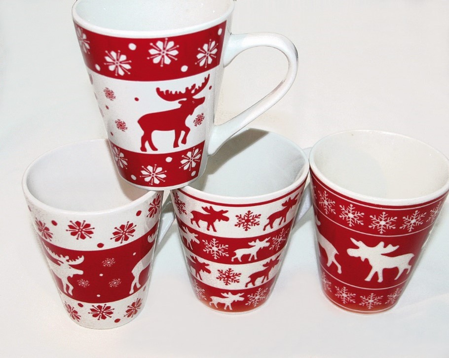 Lot de 12 mugs Noel 2 modèles assortis