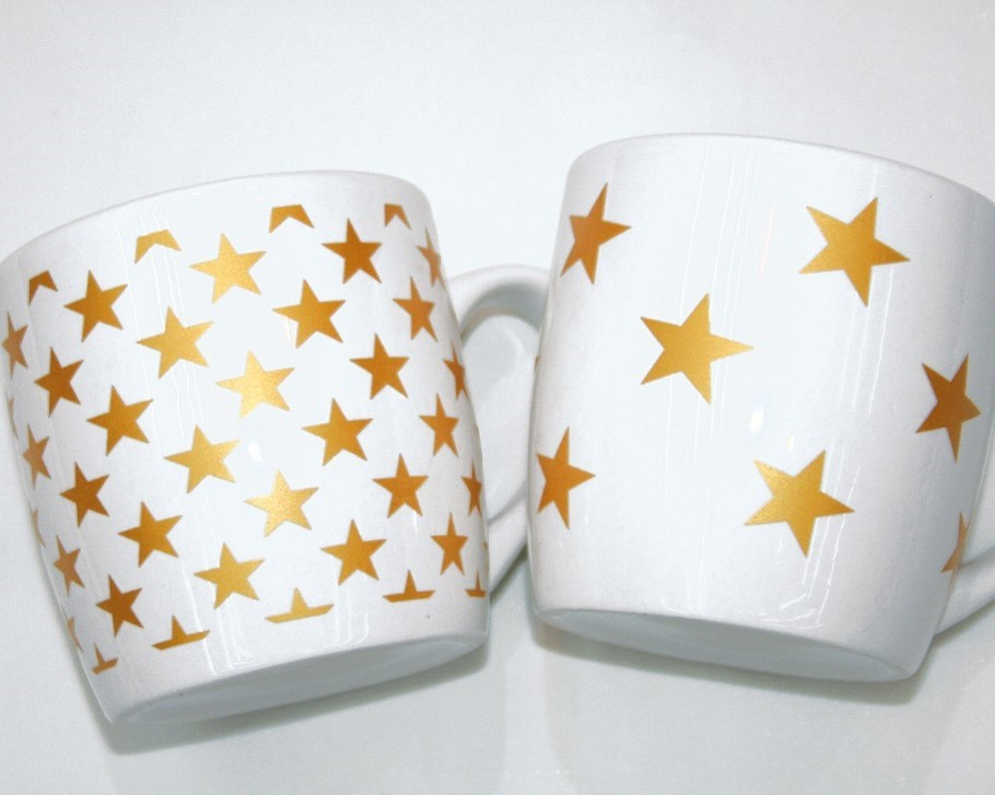 Lot de 12 mugs Noel 2 modèles assortis