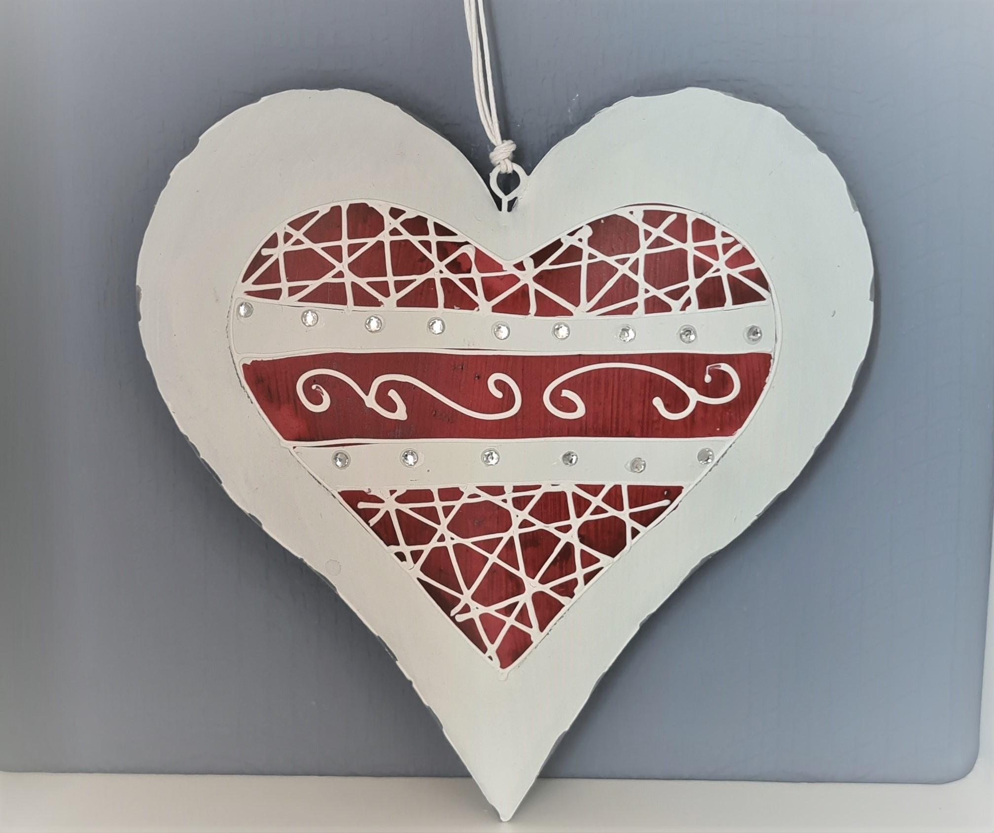 Set de 12 coeurs en métal rouge et blanc