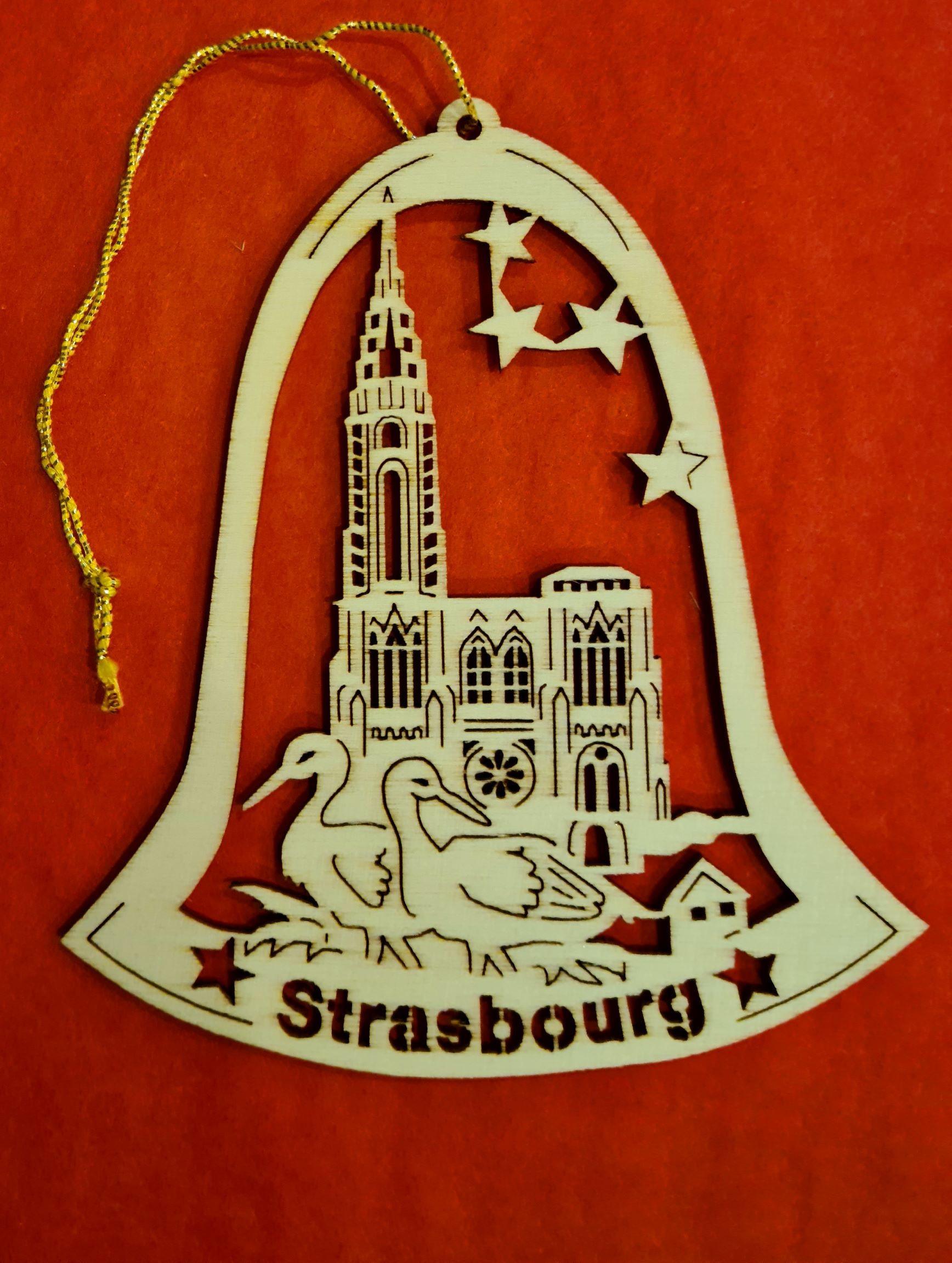 Lot de 12 cloches Strasbourg cathédrale 9cm