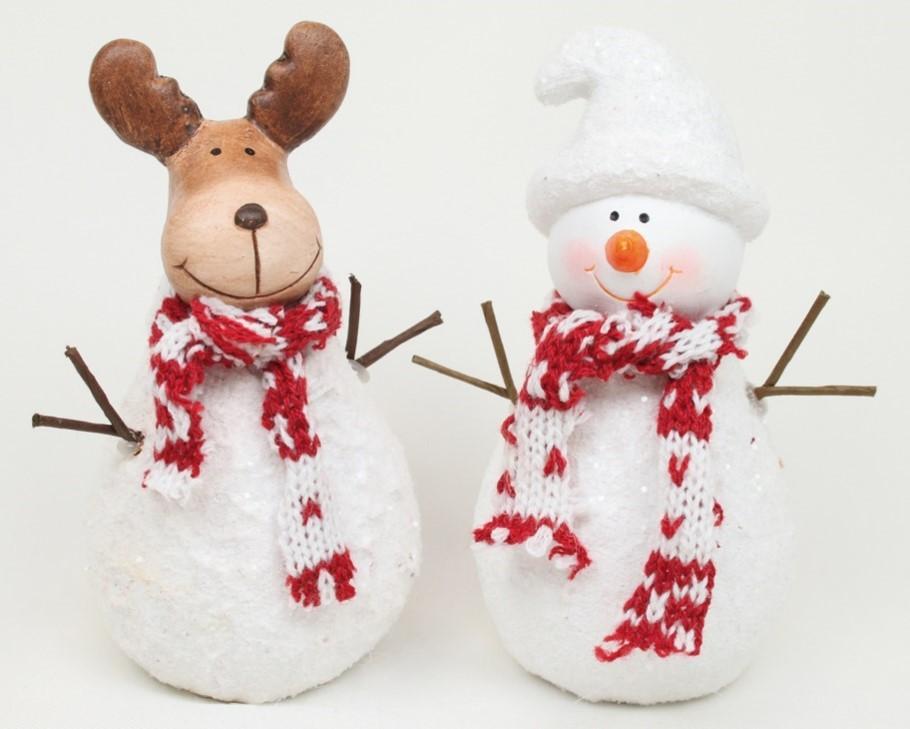 Lot de 12 sujets ( rennes et bonhommes de neige )13cm